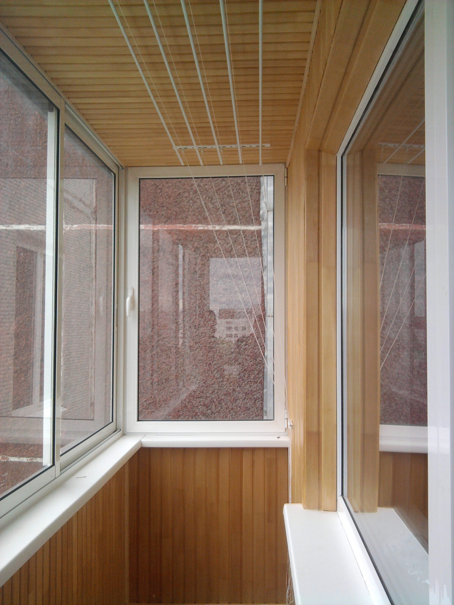 Монтаж и отделка балконов и лоджий.