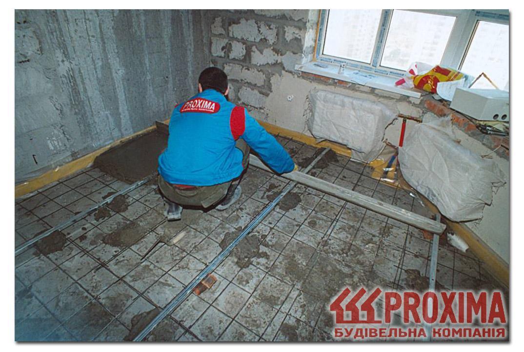 Как выровнять бетонный пол в квартире.