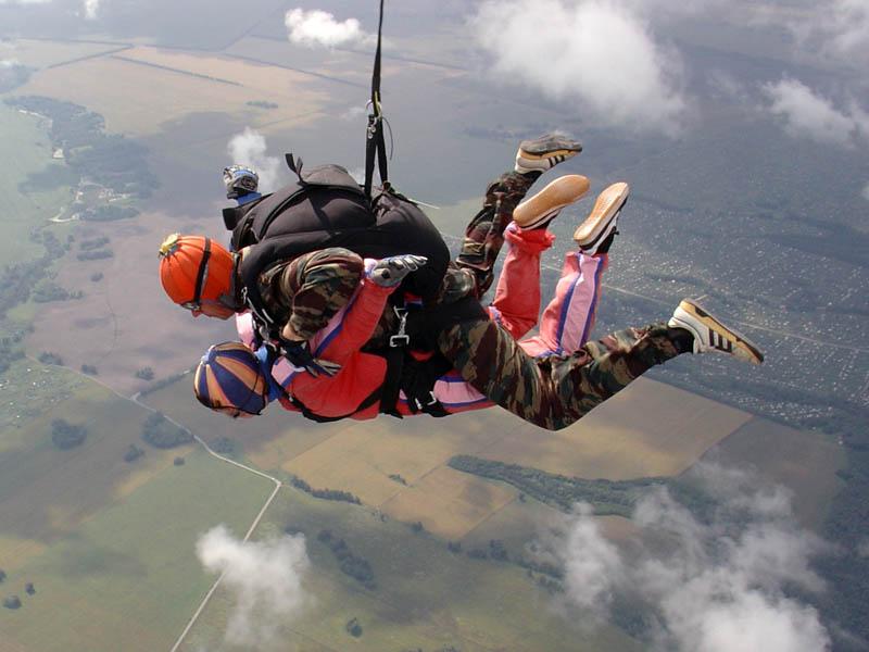 далее термобелье девушки на парашюте фото 900