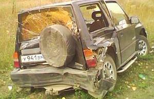 На трассе Абакан - Саяногорск столкнулись сразу три автомобиля