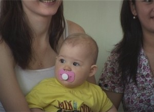 В день защиты детей в Саяногорске выбрали лучшего ползуна