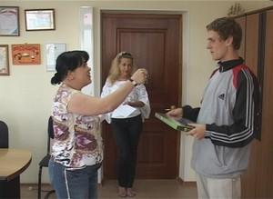 Еще один ребенок - сирота в Саяногорске получил ключи от квартиры