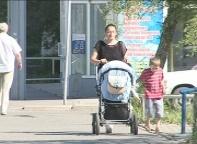 В Саяногорске горе-мамаша бросила ребенка в закрытой квартире