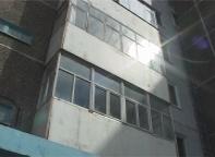 Саяногорец погиб упав с 4 этажа