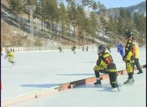 Хоккейный клуб Кузбасс приехал тренироваться в Черемушки