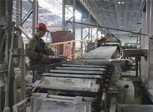 Зарплата высококвалифицированных рабочих на САЗе превысила 40 тысяч рублей