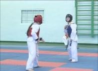 Спортсменка из Черемушек завоевала серебро на Первенстве Европы по кикбоксингу