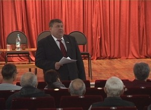 Сегодня Саяногорск посетил бывший глава Хакасии Алексей Лебедь