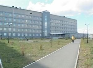 В Саяногорске завершается монтаж томографа