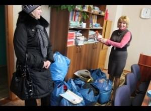 """В Саяногорске продолжается акция""""Протяни руку помощи"""""""
