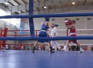 Сегодня в Саяногорске стартовало Первенство СФО по боксу
