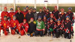 Полицейские Хакасии и Красноярского края сыграли в хоккей