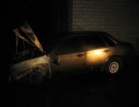 Сегодня ночью в Саяногорске сгорел автомобиль