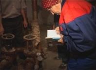 В Саяногорске проблема с ржавой водой до сих пор не устранена