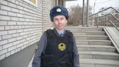 Саяногорский полицейский спас пожилую женщину от гибели