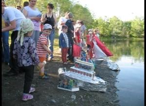 Дети саяногорских металлургов отправили в плавание «Алюминиевые паруса»