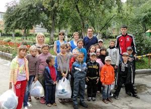 Центр социальной помощи семье и детям принимает подарки от РусГидро