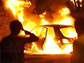 Житель Саяногорска сжег машину своей бывшей возлюбленной