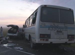 Утро в Саяногорске началось с двух ДТП. Есть погибшие