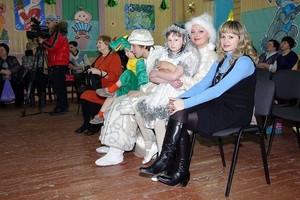 СШГЭС поддерживает подшефных детей
