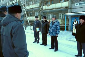 Саяногорским участковым подарили автомобиль