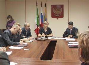 В городской администрации состоялось заседание общественного совета по развитию среднего и малого предпринимательства