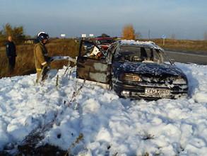 В Саяногорске горят французские автомобили