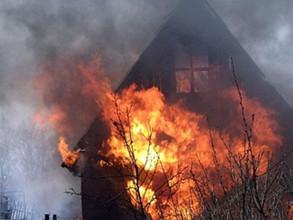 Дачники в Саяногорске неудачно растопили печь
