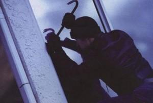 В Саяногорске полицейские раскрыли кражу из дачного домика