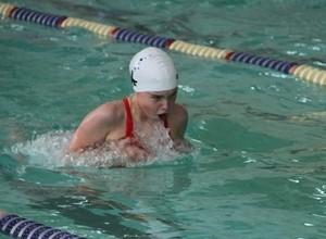 Яна Бережная одна из лучших в Сибири в комплексном плавании на 200 и 400 метров