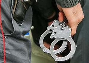 В Саяногорском кафе пьяный посетитель ударил полицейского