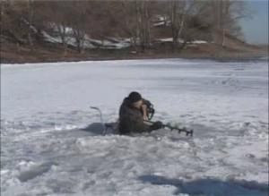 Спасатели предупреждают – уже зафиксировано несколько случаев провала людей под лед