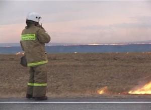 За минувшую неделю на пал травы саяногорские огнеборцы выезжали более 30 раз