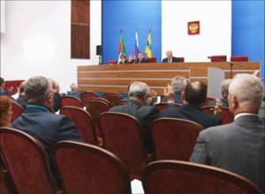 Депутаты горсовета Саяногорска рассмотрели на очередной сессии сразу 15 вопросов