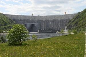 Половодье на Саяно-Шушенской ГЭС развивается в спокойном режиме