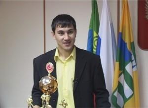 Саяногорский спортсмен Роман Шамсутдинов принес ещё одну победу в личную копилку своих достижений