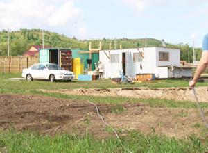 В посёлке Заветный появились электричество и водопровод