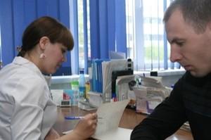 Трое сотрудников филиала «РУСАЛ Медицинский Центр» в Саяногорске награждены медалями