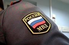 В Саяногорске полицейские задержали мужчину, поджегшего чужой автомобиль