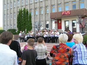 Саяногорцев ждут на танцы под духовой оркестр