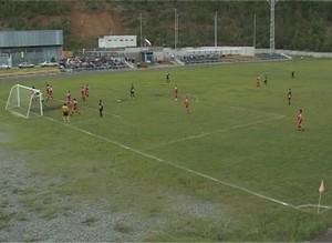 В Саяногорске продолжаются футбольные баталии