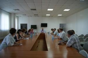 Министр здравоохранения Хакасии Владимир Титов провел совещание с главврачами Саяногорска