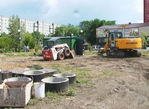 В Саяногорске продолжается строительство сквера