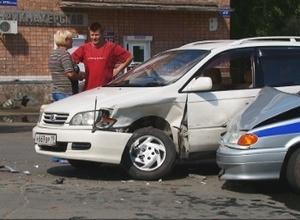 ДТП в Саяногорске. Автоледи протаранила полицейскую машину