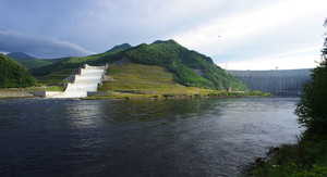 На Саяно-Шушенской ГЭС увеличен сбросной расход воды