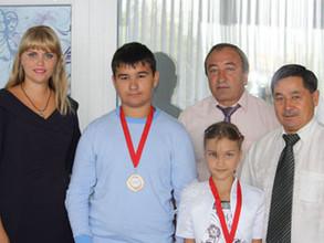 Золотые медалисты из Саяногорска стали гордостью всей Хакасии