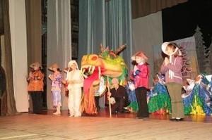 Творческих ребят ждут в театральной студии «Родничок»