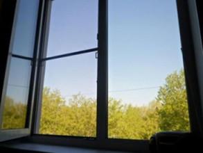 В Саяногорске семилетняя девочка выпала с 5 этажа