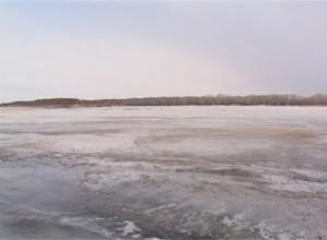 Период ледостава опасен для любителей зимней рыбалки
