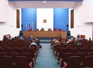 На очередной сессии депутаты увеличили зарплаты техническим работникам Администрации